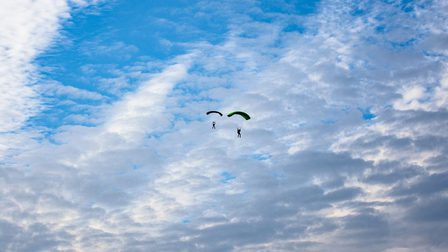 Skydiving_thumb_main